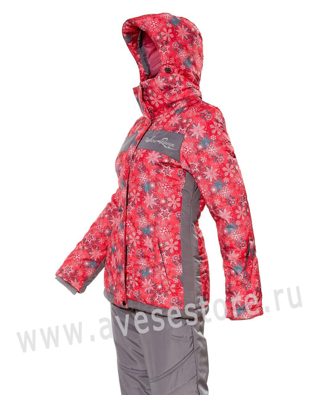 Женские зимние прогулочные костюмы
